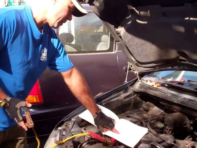 What You Need to Know About Boosting a Car's Battery