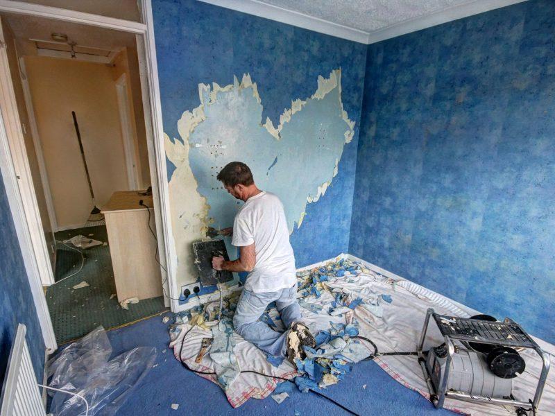 Repairing Plaster in Old Houses