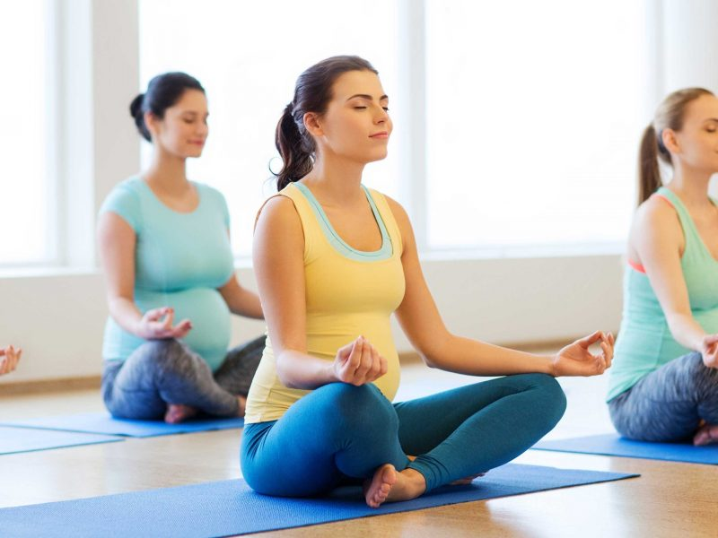 Why You Should Learn Yoga From a Professional