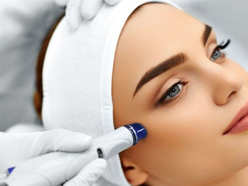 Skin Care Tips After a Microdermabrasion Treatment